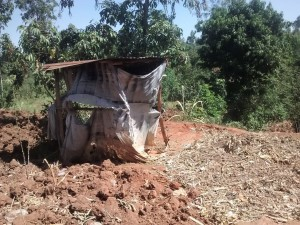 The Water Project : 16-kenya4715-latrine