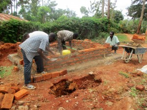The Water Project : 19-kenya4640-construction