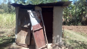 The Water Project : 19-kenya4725-latrine