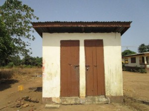 The Water Project : 19-sierraleone5121-latrine