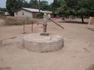 The Water Project:  Seasonal Well During Dry Season