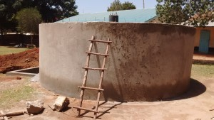 The Water Project : 20-kenya4650-tank-construction