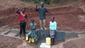 The Water Project : 22-kenya4709-protected-spring