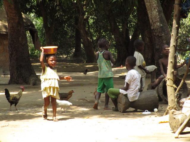 The Water Project : 3-sierraleone5123-community-children