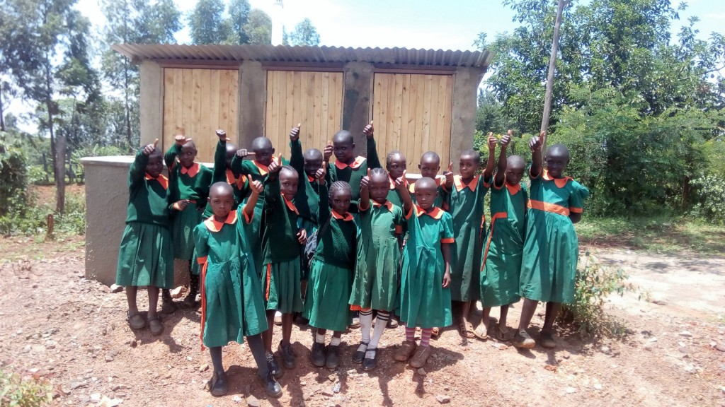 30 kenya4644 finished latrines
