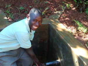 The Water Project : 37-kenya4710-fetching-clean-water