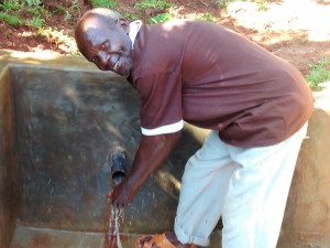 The Water Project : 39-kenya4710-fetching-clean-water