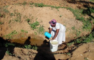 The Water Project : 5-kenya4732-fetching-water