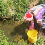 The Water Project : 7-kenya4717-fetching-water