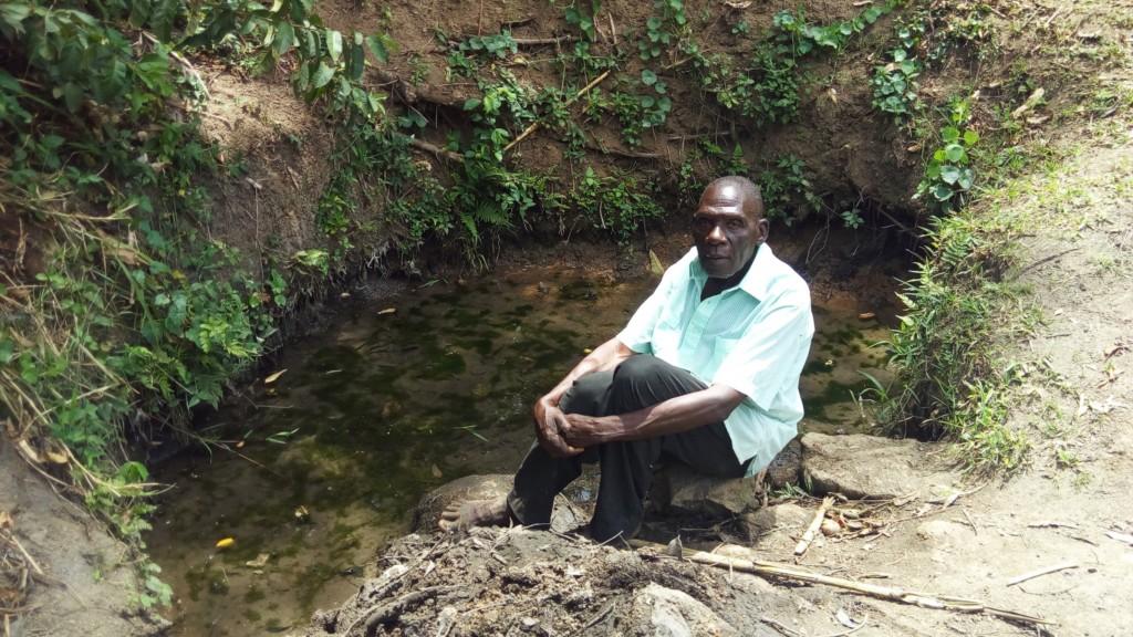 The Water Project : 1-kenya4735-mr-inganga-at-inganga-spring
