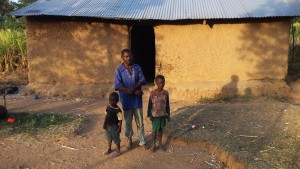 The Water Project:  Duncan With His Children At Home