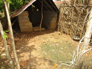 The Water Project : 10-sierraleone5130-latrine