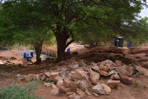 The Water Project : 13-kenya4759-construction