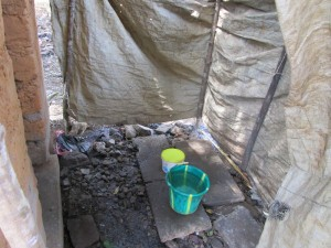 The Water Project : 16-sierraleone5127-bathing-shelter