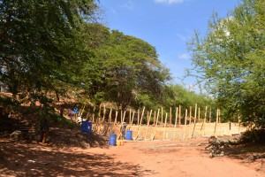 The Water Project : 18-kenya4759-construction