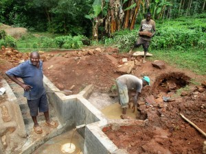 The Water Project : 20-kenya4706-construction