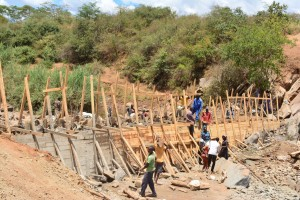 The Water Project : 20-kenya4760-construction
