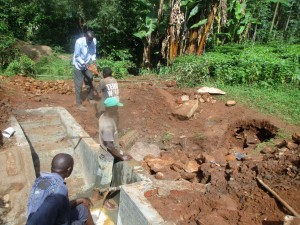 The Water Project : 21-kenya4706-construction