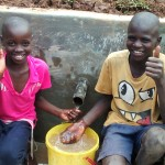 The Water Project : 35-kenya4715-clean-water