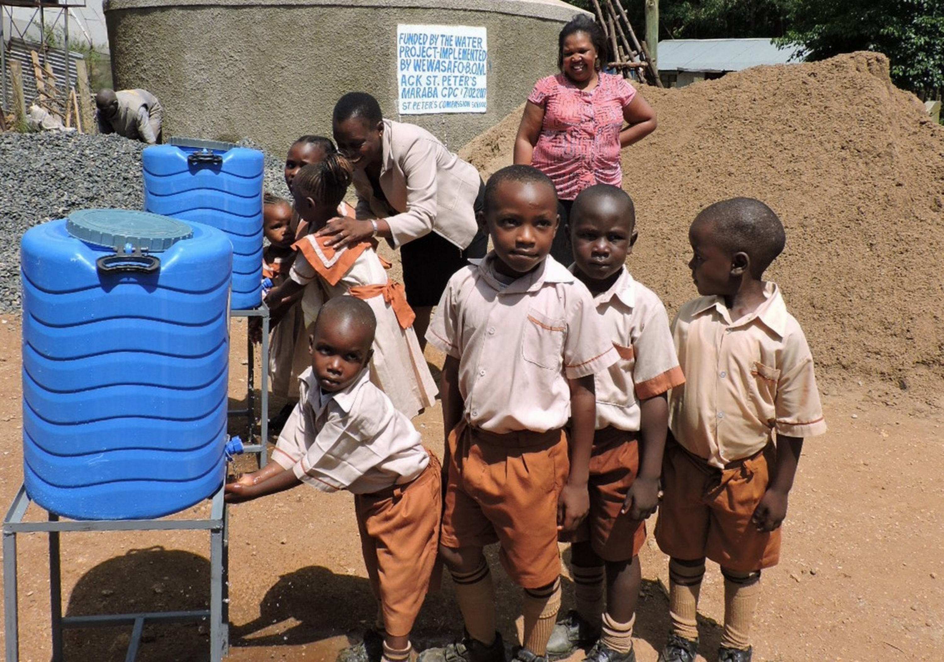 The Water Project : 40-kenya4646-hand-washing