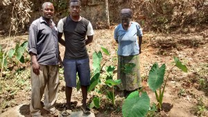 The Water Project : 9-kenya4742-zikhungu-family