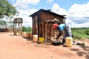 The Water Project : 15-kenya4772-family-2-outside-kitchen