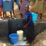 The Water Project : 16-kenya4718-clean-water