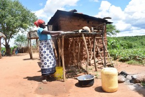 The Water Project : 16-kenya4772-family-2-outside-kitchen