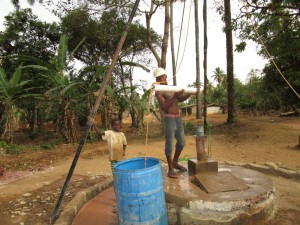 The Water Project : 20-sierraleone5105-flushing