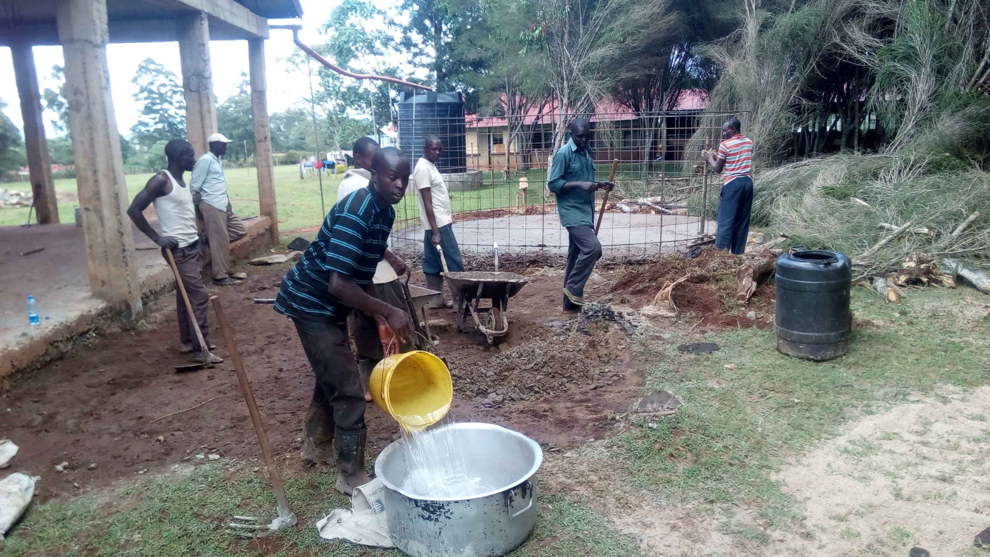 22 kenya4653 tank construction