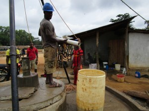 The Water Project : 22-sierraleone5104-flushing