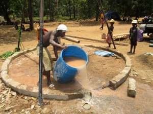 The Water Project : 22-sierraleone5105-flushing