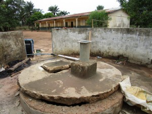 The Water Project : 22-sierraleone5106-flushing