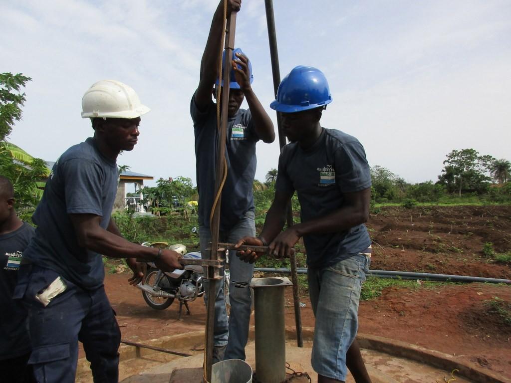 22 sierraleone5113 drilling