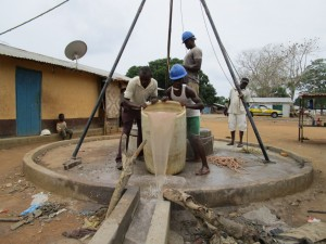 The Water Project : 23-sierraleone5104-flushing