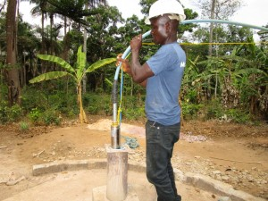 The Water Project : 25-sierraleone5105-flushing