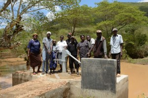 The Water Project : 27-kenya4782-finished-well