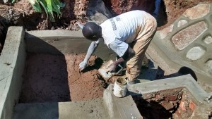 The Water Project : 31-kenya4720-construction