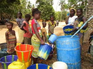 The Water Project : 31-sierraleone5105-flushing