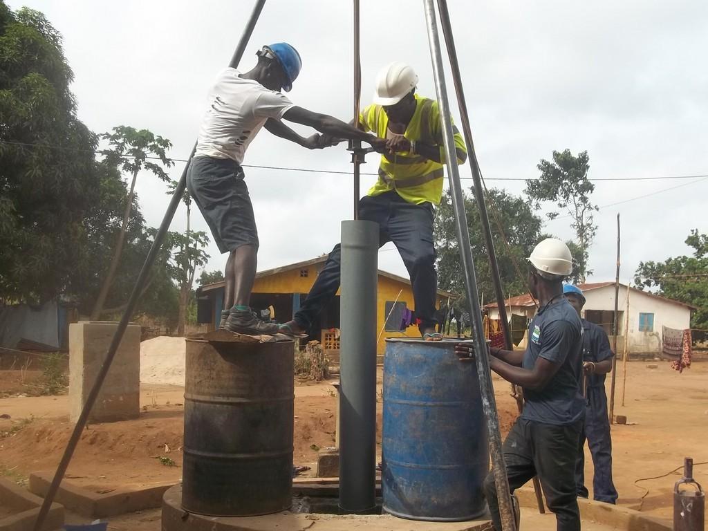 31 sierraleone5111 drilling