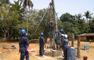 The Water Project : 36-sierraleone5107-drilling