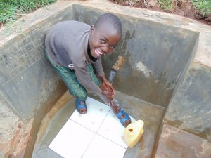 The Water Project : 38-kenya4720-clean-water