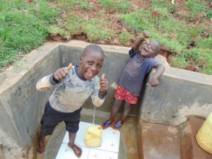 The Water Project : 39-kenya4720-clean-water