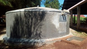 The Water Project : 41-kenya4653-finished-tank