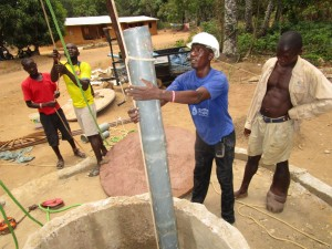 The Water Project : 49-sierraleone5105-drilling