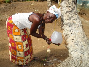 The Water Project : 5-sierraleone5104-hand-washing