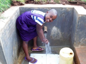 The Water Project : 53-kenya4720-clean-water