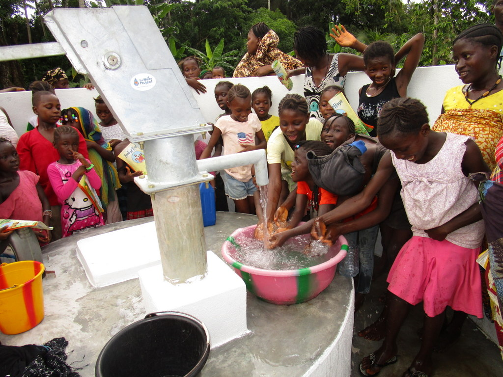 The Water Project : 53-sierraleone5114-celebrating-clean-water