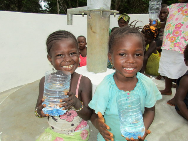 The Water Project : 61-sierraleone5107-clean-water-celebration