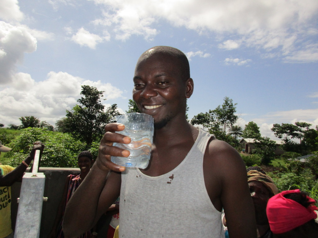 The Water Project : 62-sierraleone5113-clean-water-celebration